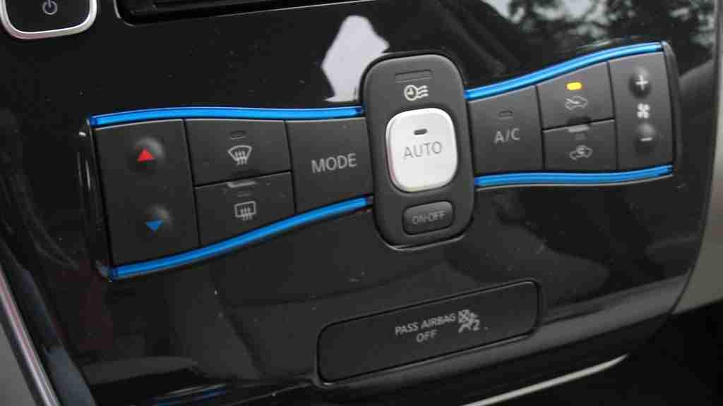 P0070 – Outside air temperature sensor -circuit malfunction