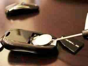 tesla-key-fob-battery-7-1024x682